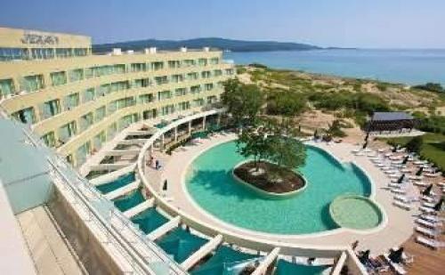 Лятна Почивка до Северния Плаж в Приморско, All Inclusive от 02.09 в Хотел Жерави 2