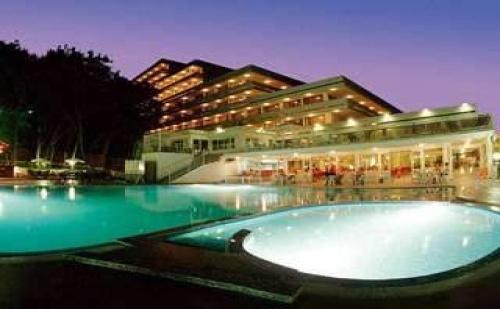 Новогодишно Настаняване в Топ Курорт, 3 Дневен All Inclusive Пакет с Празнична Вечеря Хотел Плиска, Зл. Пясъци