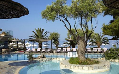 Ранни Резервации: 5 Нощувки със Закуски и Вечери в Anthemus Sea Beach Hotel & Spa 5*, Халкидики, Гърция през Май!