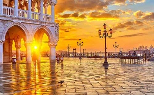 Екскурзия до <em>Венеция</em> - Святата Република! 4 Дни, 3 Нощувки със Закуски и Самолетен Билет!
