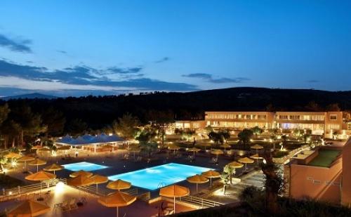 Ранни Резервации: 5 Нощувки със Закуски и Вечери в Хотел Royal Paradise Beach 5*, о.<em>Тасос</em>, Гърция през Май!