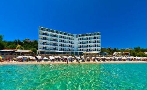 Ранни Резервации: 5 Нощувки със Закуски и Вечери в Хотел Ammon Zeus 4*, <em>Халкидики</em>, Гърция през Април и Май!