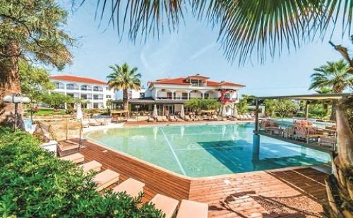 Ранни Резервации: 3 Нощувки със Закуски и Вечери в Хотел Flegra Palace 4*, Халкидики, Гърция през Юни!