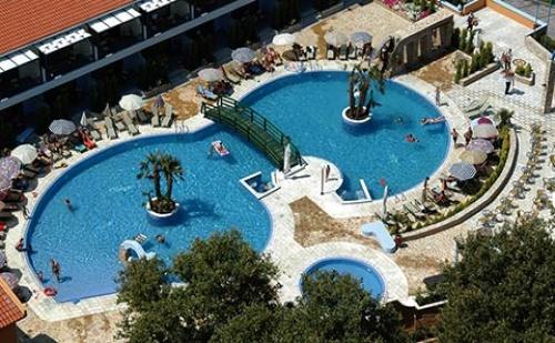 Ранни Резервации: 3 Нощувки със Закуски и Вечери в Хотел Athena Palace 5*, <em>Халкидики</em>, Гърция през Май!