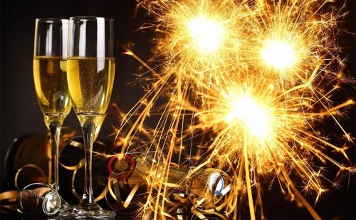 Нова Година в <em>Арбанаси</em>. 3 или 4 Нощувки със Закуски и Богата Празнична Вечеря с Музикална Програма в Хотел Извора. Безплатно: Джакузи, Парна Баня и Сауна.