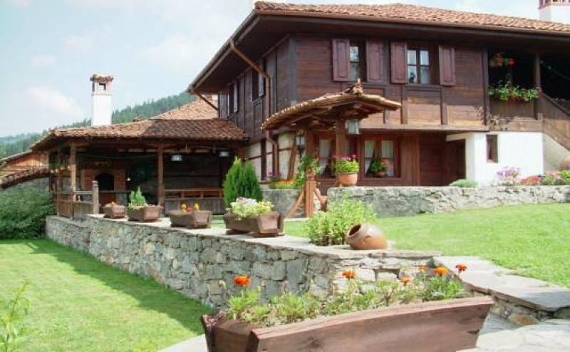 Почивка за Двама в Хаджи Нейкови Къщи за Гости , Копривщица
