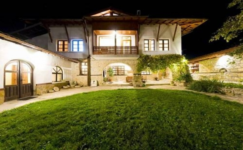 Почивка за Двама в Arbanasi Deluxe Villa, <em>Арбанаси</em>