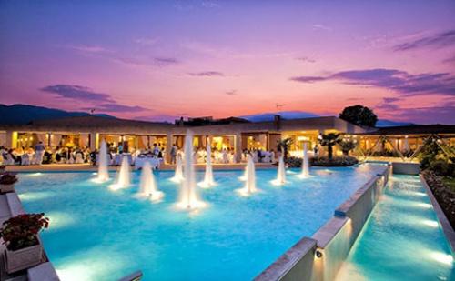 Ранни Записвания: 3 Нощувки със Закуски и Вечери в Хотел Poseidon Palace 4*, Олимпийска Ривиера през Май!