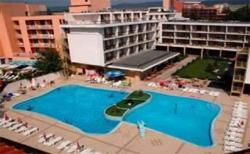 Лято 2019 в сърцето на <em>Слънчев бряг</em>, All Inclusive Premium до 04.07 в Хотел Меркурий
