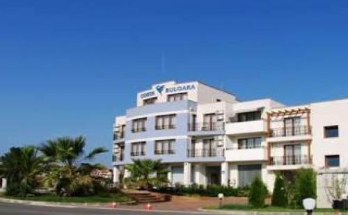 Лятна Ваканция 2019 в Черноморец, 5 Дни до 07.07 със Закуски и Вечери от Хотел Коста Булгара