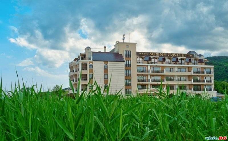 Лято 2019 на Плажа Кранево, All Inclusive с Отстъпка за Ранни Записвания до 09.07 в Съни Касъл