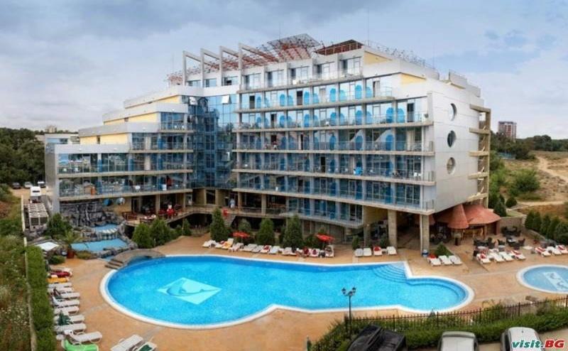 На Първа Линия Лято 2019 до Плаж Атлиман, 5 Дни All Inclusive до 04.07 в Хотел Каменец, Китен
