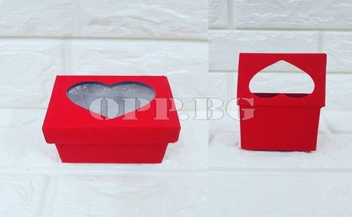 Подаръчна кутийка със сърце
