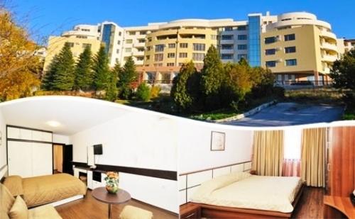Великден в Сандански! 2 или 3 Нощувки със Закуски в Семеен Хотел Ботаника + Възможност за Ползване на Басейн и Спа