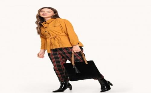 Дамска Чанта с Елементи от Изкуствена Кожа Faux Fur Design Tassel Tote Bag