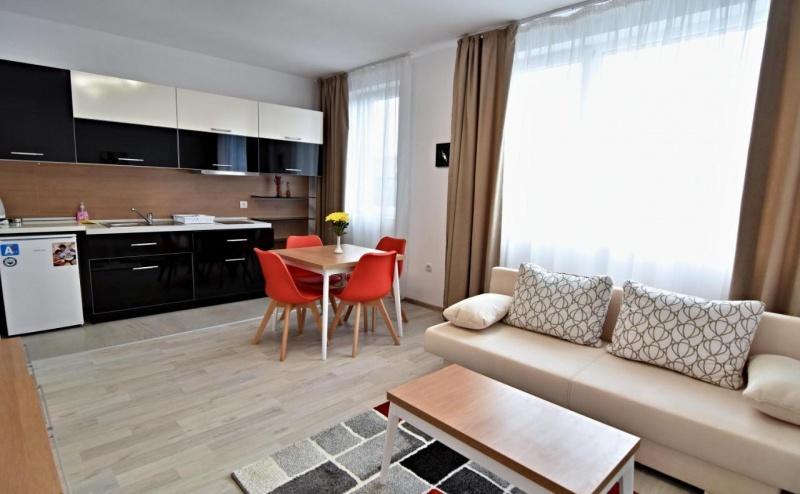 Почивка за Двама в Stela Deluxe Apartments, <em>Велинград</em>