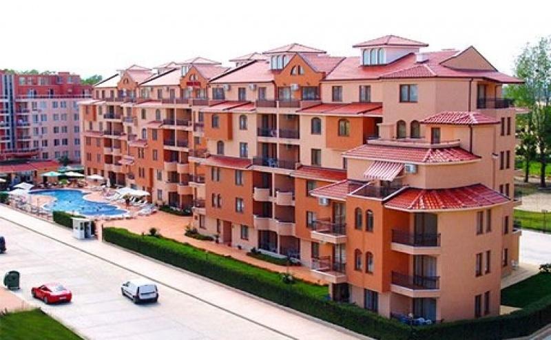 На Море в <em>Слънчев бряг</em> на Топ Цена през Август и Септември! Нощувка на човек в Апартамент + Басейн в Апартхотел Касандра