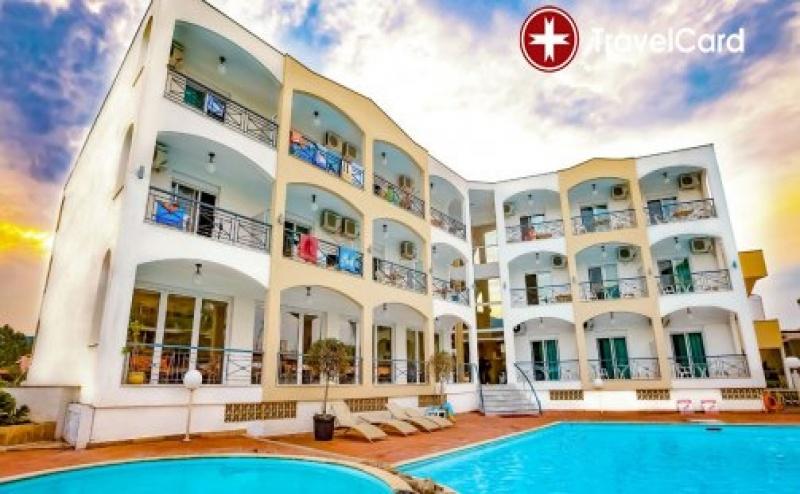 3* Ранно Лято в Хотел Stavros Beach, <em>Халкидики</em>