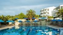 ТОП цена за почивка на Халкидики: 2, 5 или 7 нощувки на база закуска и вечеря или All Inclusive в хотел PORT MARINA