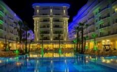 Посрещнете Нова Година в Дуръс, Албания с Включен Транспорт! 4 Дни/3 Нощувки със Закуски и 2 Вечери в Хотел Fafa Premium Resort 4*!